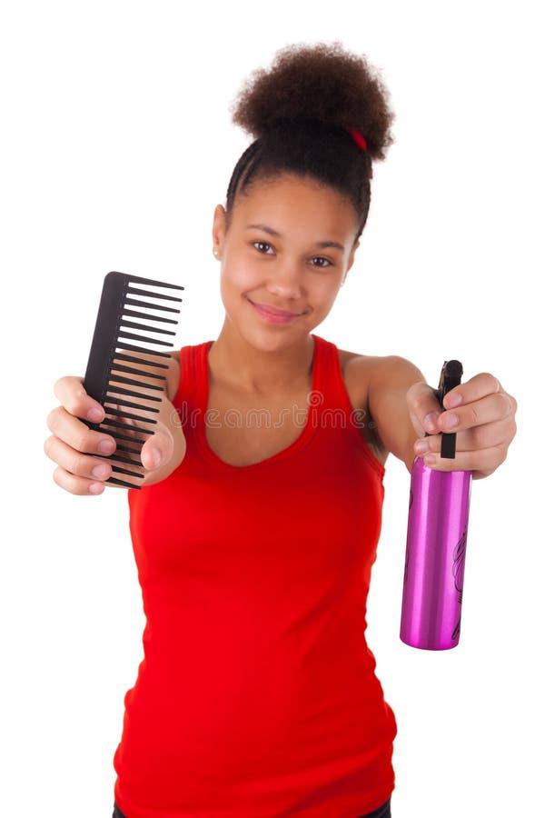 Jeune femme afro-américaine avec les cheveux Afro image libre de droits