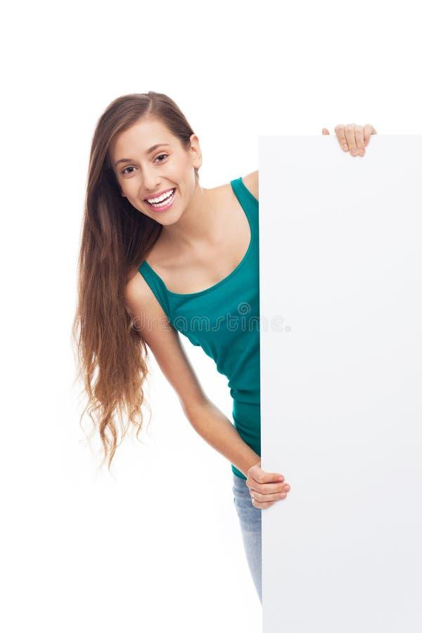 Jeune Femme Avec L Affiche Blanc Photo stock