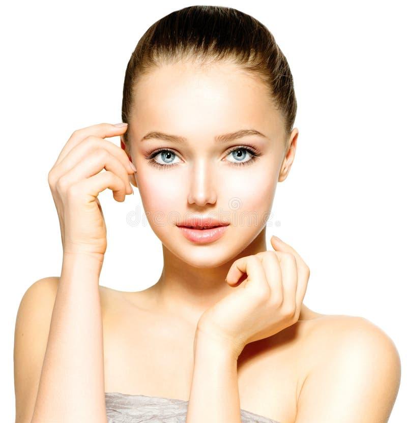 Jeune femme avec la peau propre photo stock