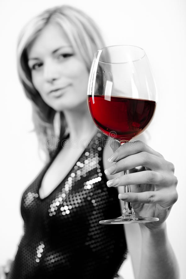 jeune femme avec le verre de vin rouge image stock image. Black Bedroom Furniture Sets. Home Design Ideas