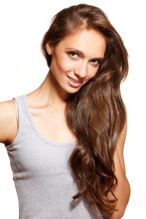 Jeune femme avec un beau cheveu photo libre de droits