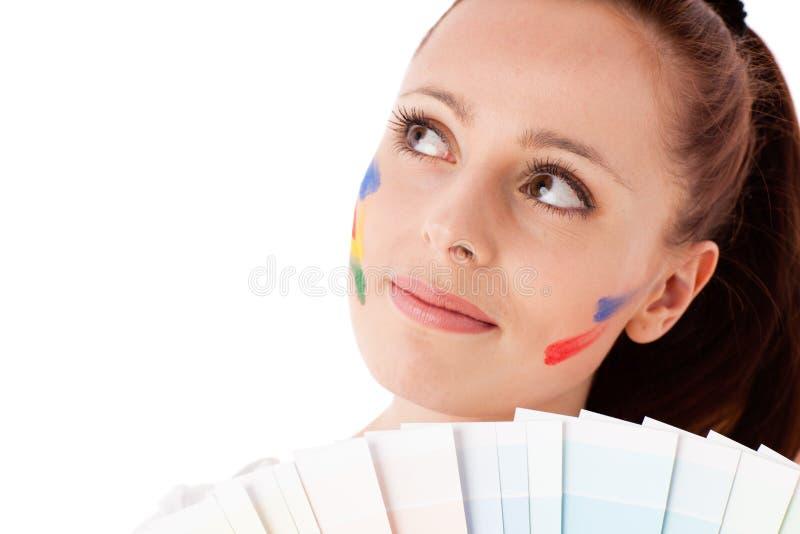 Jeune femme avec un guide de couleur. images libres de droits