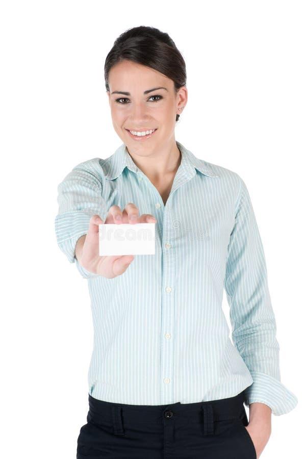 Jeune femme d'affaires avec la carte de visite professionnelle de visite, d'isolement images libres de droits