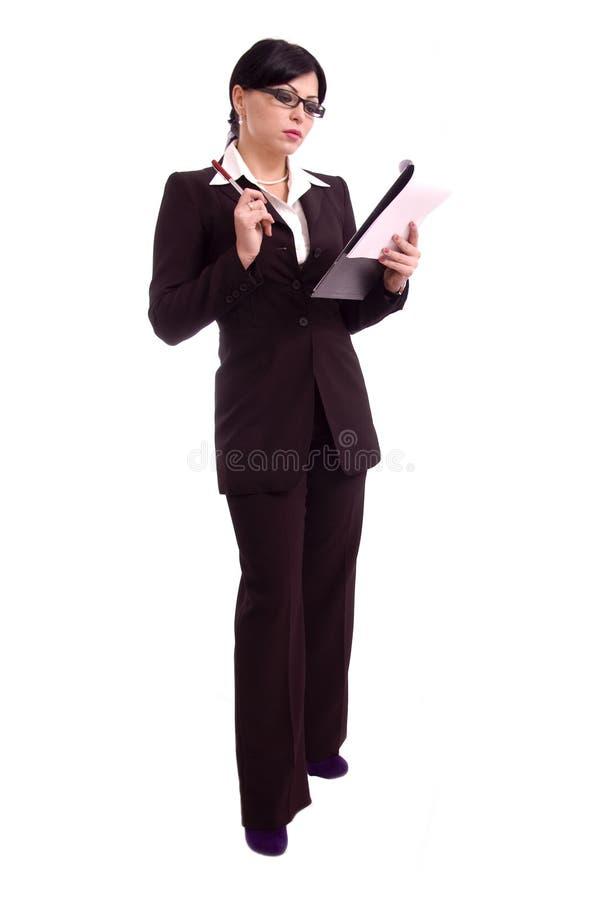 Jeune femme d'affaires retenant un fichier photos stock