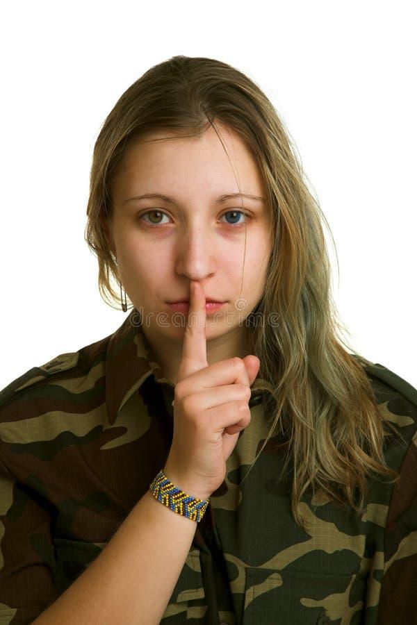 Jeune femme dans l'uniforme militaire image libre de droits