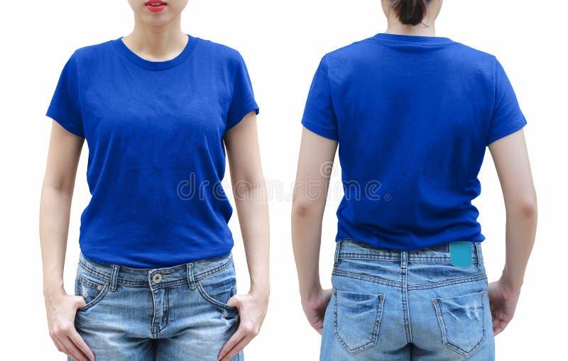Jeune femme dans la chemise bleue sur le fond blanc photos stock