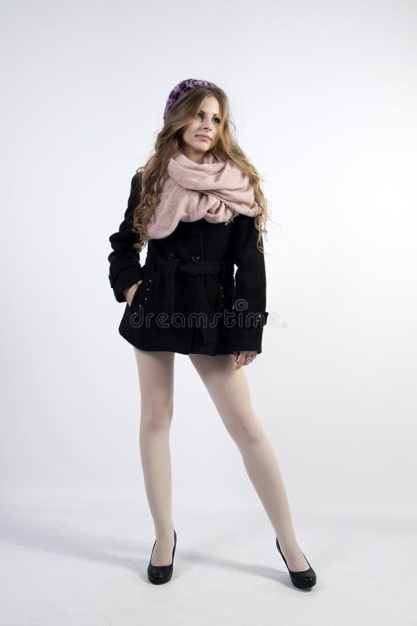 Jeune femme dans le style français photos stock