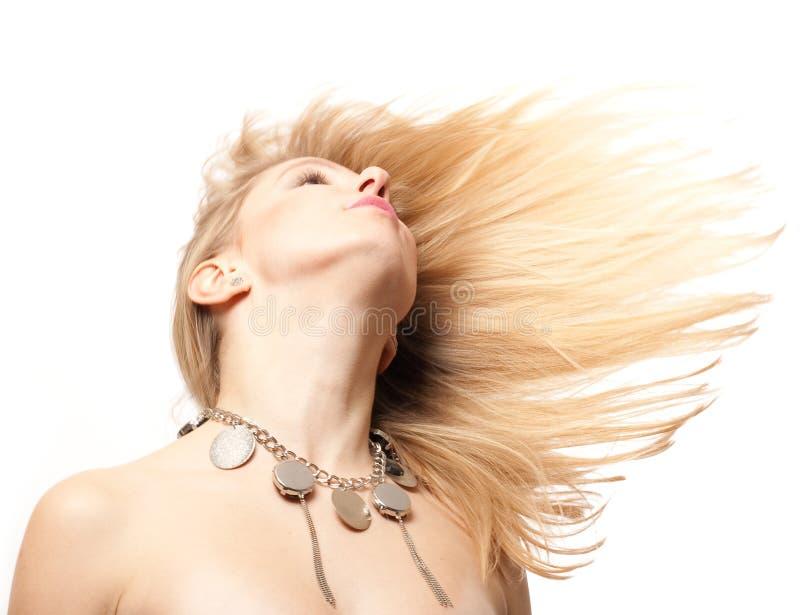 Jeune femme de beauté avec les poils blonds images libres de droits
