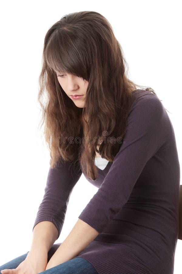 Jeune femme de l'adolescence avec la dépression image stock