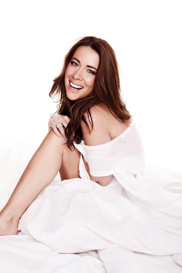 Jeune femme heureuse riante image libre de droits