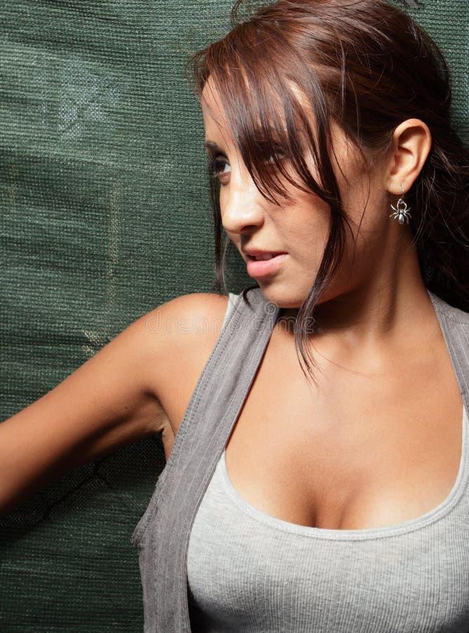 Jeune femme hispanique photos libres de droits