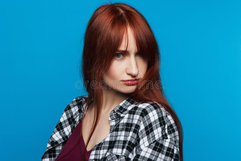 Jeune femme offensée Conversation d'insulte images libres de droits