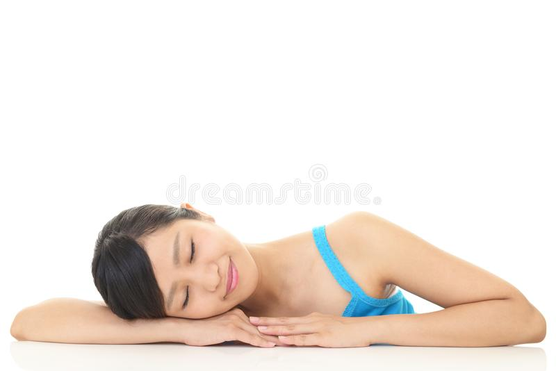 Jeune femme Relaxed photos libres de droits