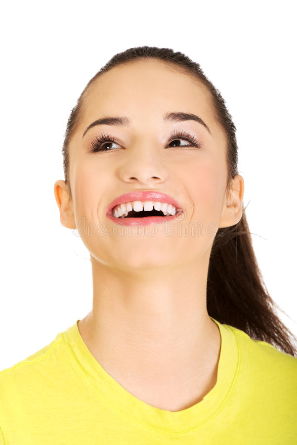 Jeune femme riante images stock