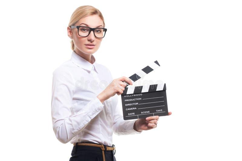 Jeune femme tenant le panneau de clapet images libres de droits
