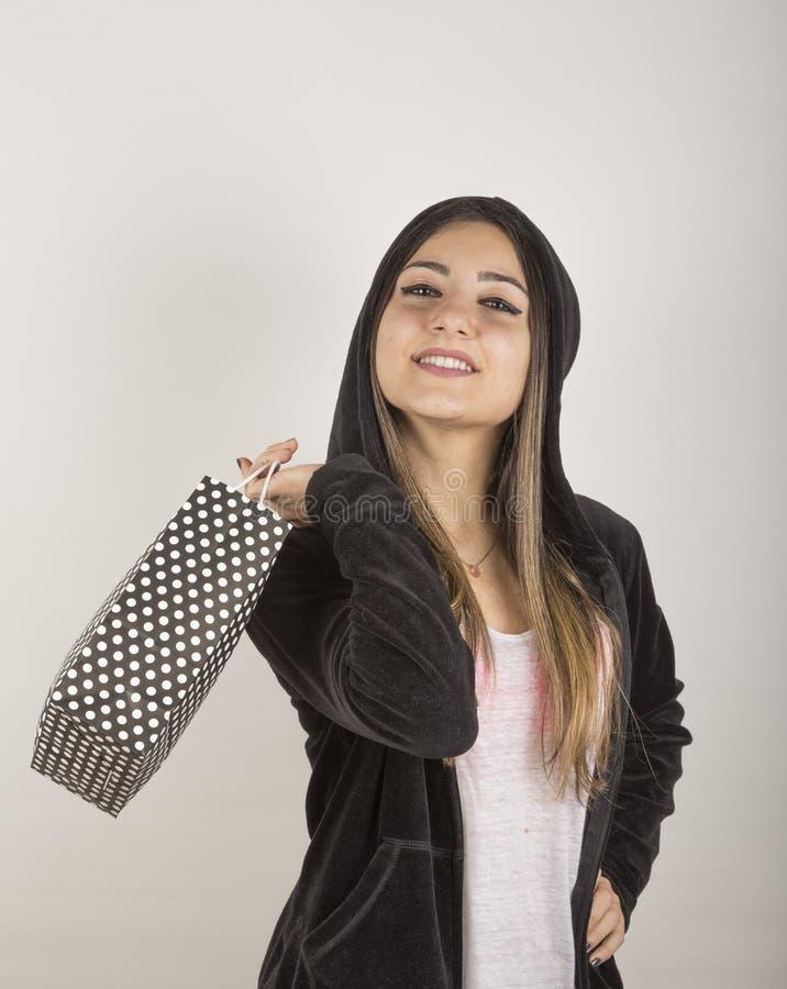 Jeune fille dans le studio photographie stock