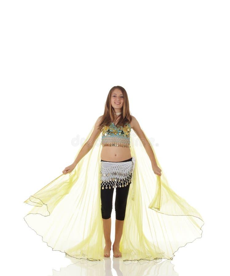 Jeune fille de danse de ventre photos libres de droits