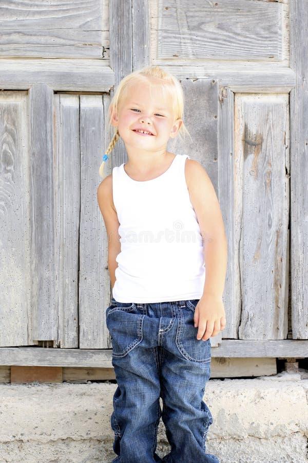 Jeune fille de sourire images stock
