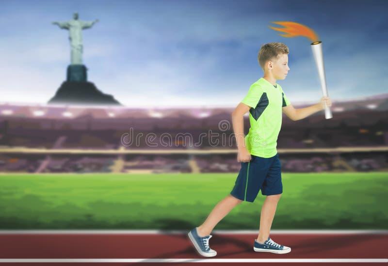 Jeune garçon d'athlète avec le fonctionnement de porteur de torche de sport photo stock