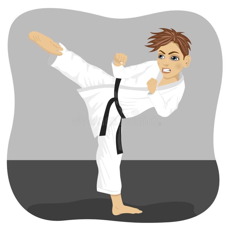 Jeune garçon de karaté de ceinture noire d'adolescent dans l'exercice de pratique de coup-de-pied de kimono illustration libre de droits