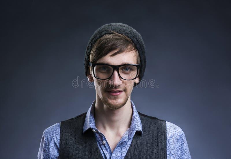 Jeune homme beau photos libres de droits