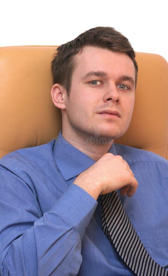 Jeune homme beau d'affaires image stock