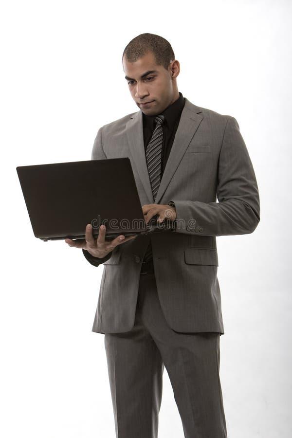 Jeune homme d'affaires de noir d'afro-américain image stock