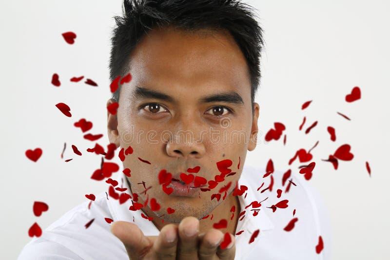 Download Jeune Homme Envoyant L'amour Photo stock - Image du adulte, coeur: 56484768