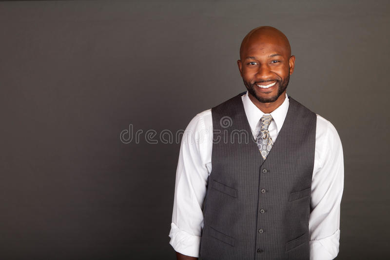 Jeune homme noir d'affaires images stock