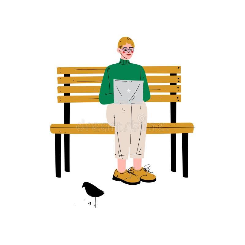 Jeune homme s'asseyant sur le banc avec l'ordinateur portable, Guy Working ou détendant au parc utilisant le réseau d'ordinateur, illustration libre de droits