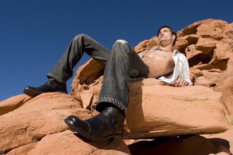 Jeune homme sexy photo libre de droits