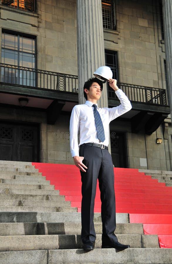 Jeune ing?nieur asiatique 9 photographie stock libre de droits