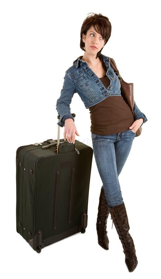 Jeune Madame avec l'attente de bagage images stock