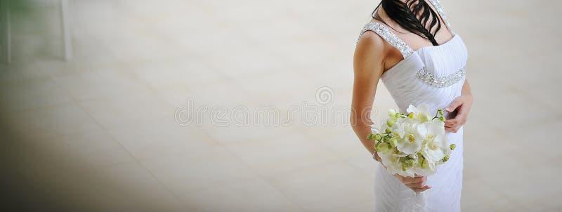 Jeune mariée image stock