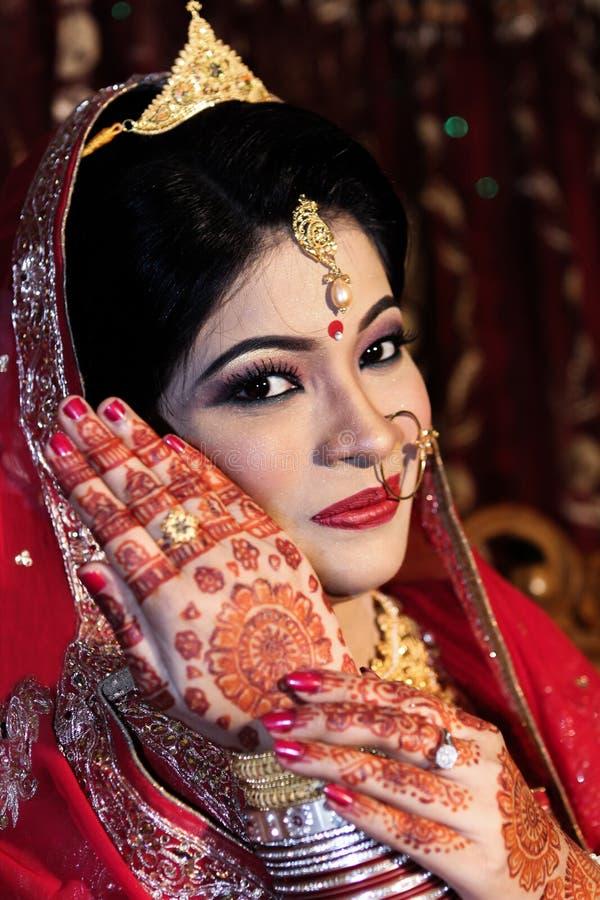 Jeune mariée bangladaise image libre de droits