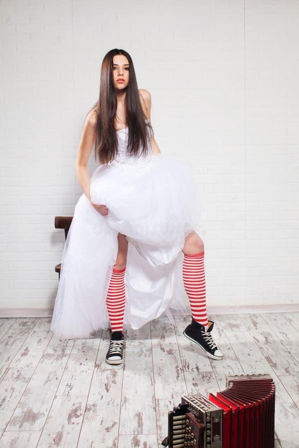 Jeune mariée d'emballement image libre de droits