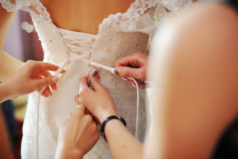 Jeune mariée de matin photo stock