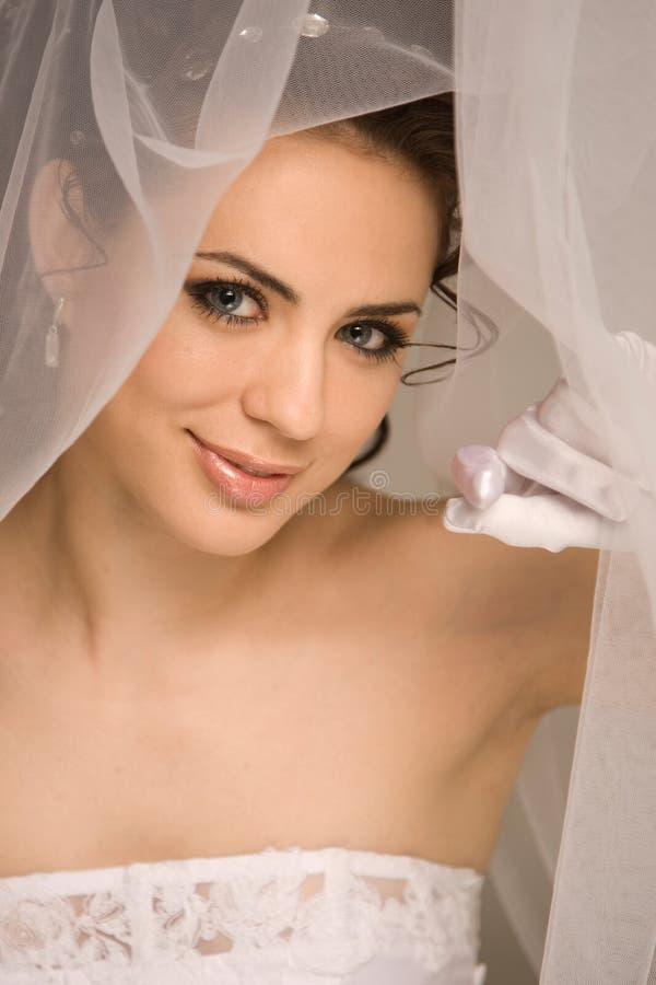 Jeune mariée fascinante images stock