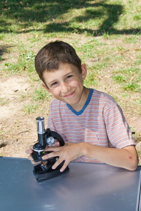 Jeune scientifique photos stock