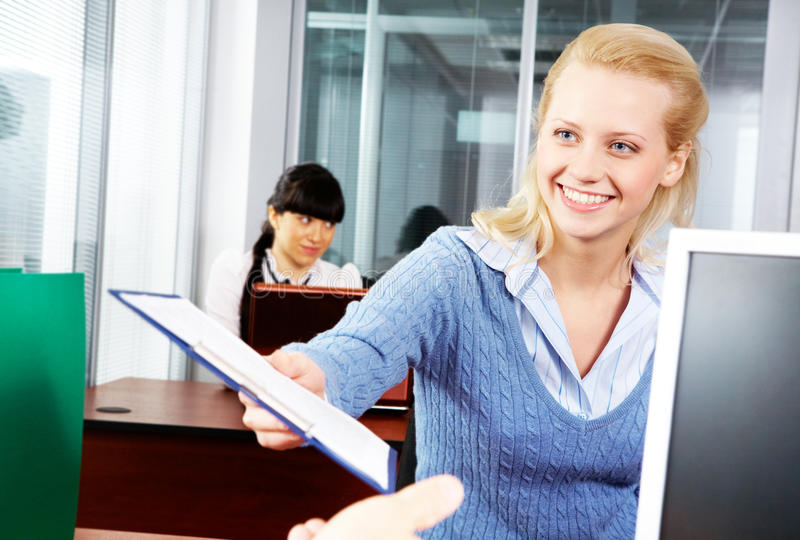 Jeune secrétaire images libres de droits