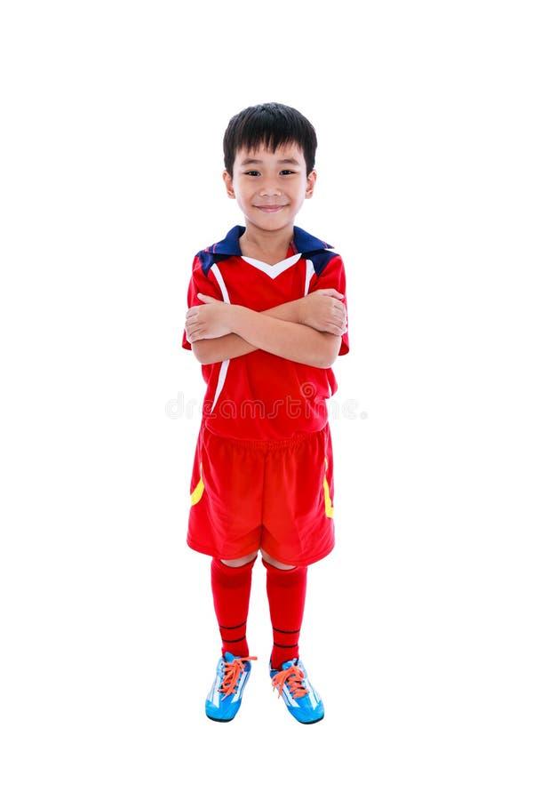Jeune sourire asiatique de footballeur Projectile de studio D'isolement sur le petit morceau photos libres de droits