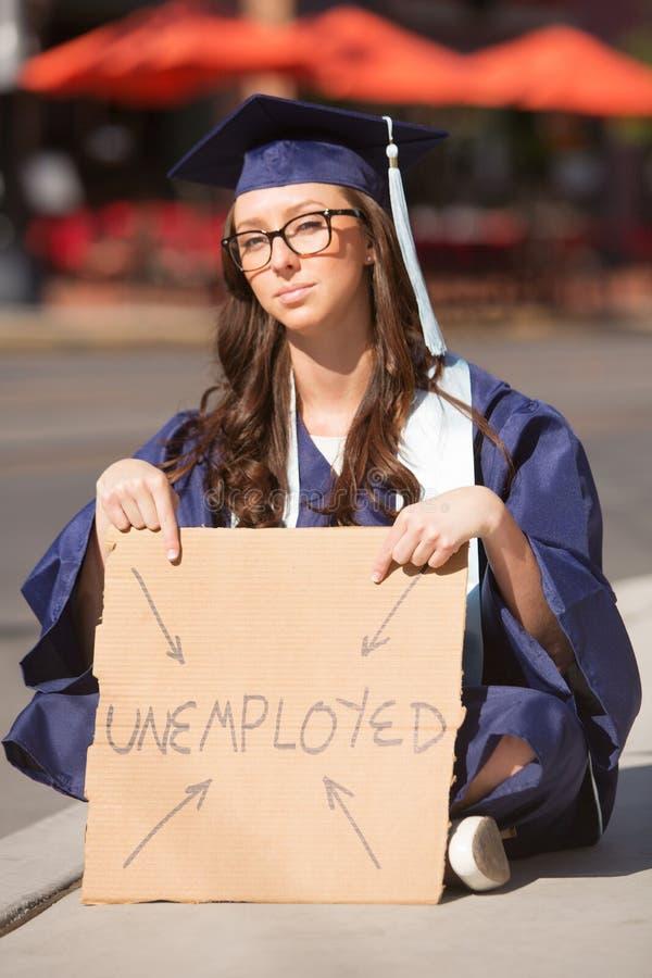 Jeune universitaire sans emploi images stock