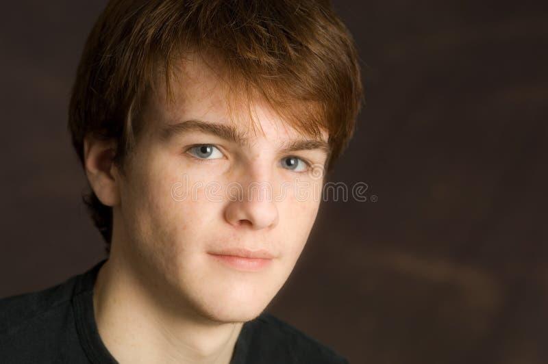 Jeune verticale mâle photo stock