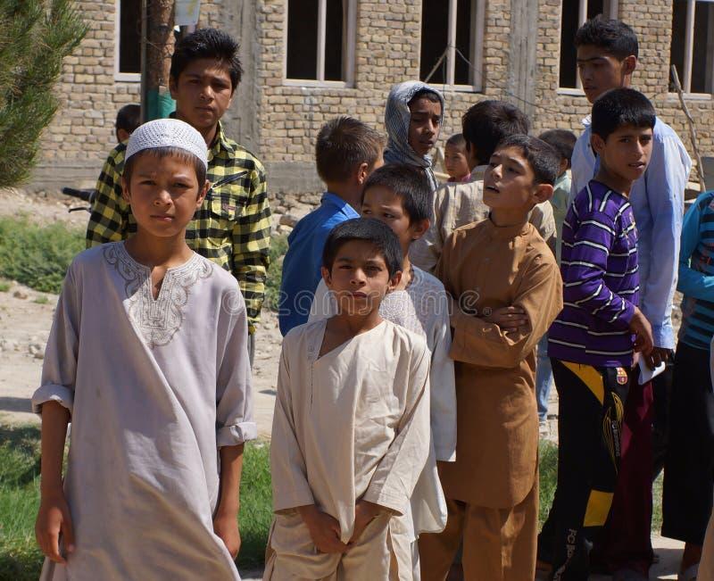 Jeunes étudiants afghans images libres de droits