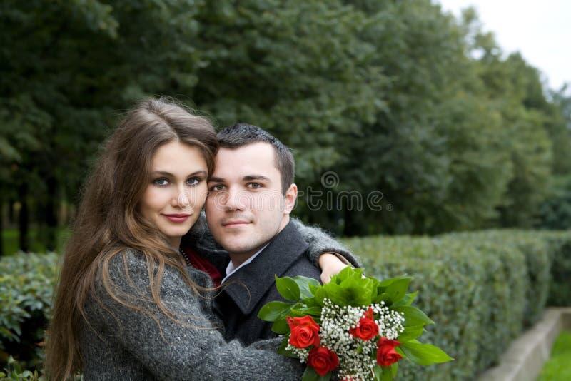 Jeunes amoureux photos stock
