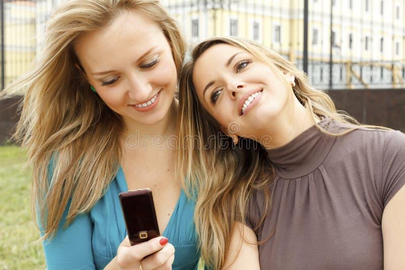 Jeunes belles filles photo libre de droits