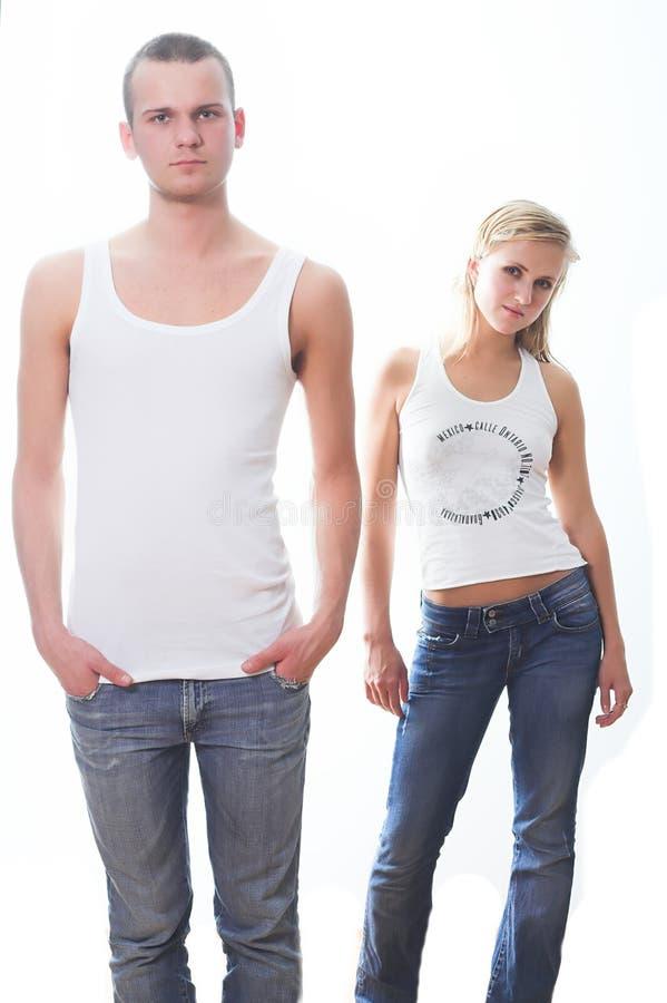 Jeunes couples affectueux images libres de droits
