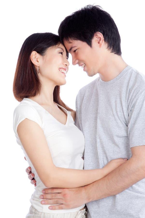 Jeunes couples asiatiques image libre de droits
