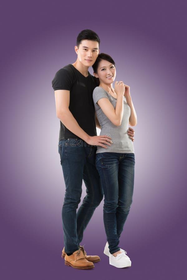 Jeunes couples asiatiques photo libre de droits
