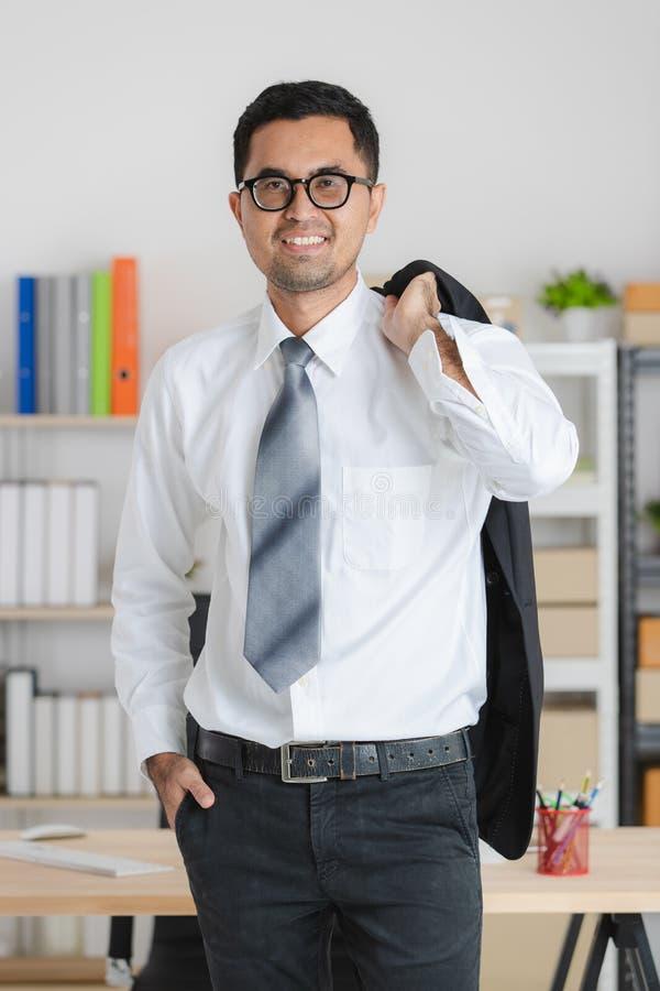 jeunes de travail d'homme d'affaires images stock